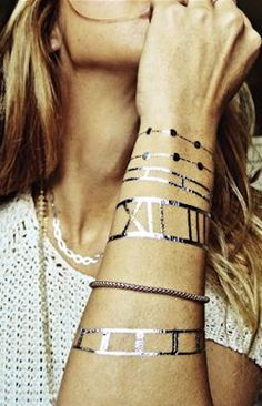 such cool temporary #gold tattoos http://rstyle.me/n/j2jshr9te