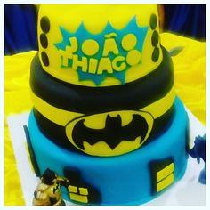 Bolo do Batman #cake #bolo #confeitaria #boloinfantil