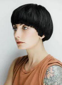 Short Hairstyles For Women, Bob Hairstyles, Bowl Haircut Women, Pixie, Short Hair Cuts, Short Hair Styles, Pageboy Haircut, Modern Bob Haircut, Look 2018