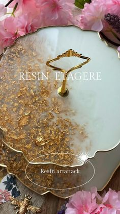 Epoxy Resin Art, Diy Resin Art, Diy Resin Crafts, Rose Petals Craft, Diy Resin Coasters, Diy Resin Crystals, Paper Flower Patterns, Diy Resin Projects, Clay Wall Art