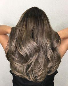 Hair Color Men Highlights Brunettes 47 Ideas For 2019 Brown Blonde Hair, Light Brown Hair, Light Hair, Brunette Hair, Brunette Color, Light Blonde, Hair Color And Cut, Brown Hair Colors, Hair Color Balayage