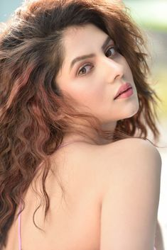 Indian Bengali actress Payel Sarkar hot photo and wallpaper gallery. Best hot image of actress Payel Sarkar. Hot Images Of Actress, South Indian Actress, Hottest Photos, Indian Actresses, Photo Galleries, Bollywood, Photoshoot, Poses, Long Hair Styles