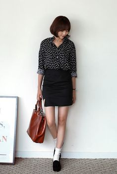 polka dot button up + black pencil skirt + white socks + black loafers + brown tote
