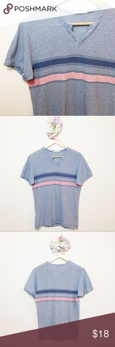 "Alternative Men's Striped Top Gently used Alternative men's striped top in size small.   Chest: 36.5"" Length: 24"" Alternative Apparel Shirts Tees - Short Sleeve"
