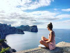 Fin octobre, la période est idéale pour un road trip en voiture aux Baléares, plus précisément sur l'île de Majorque. Bonnes adresses et conseils avisés pour un super weekend !
