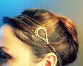 """Headband """"shabby chic"""" défi janvier métal, chaine estampe et perles cristal prune : Accessoires coiffure par l-atelier-de-modoux"""
