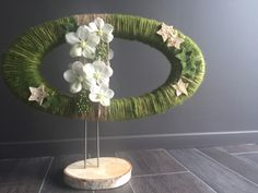 Workshop Moniek Vanden Berghe Art Floral, Deco Floral, Floral Design, Modern Floral Arrangements, Flower Arrangements, Corporate Flowers, Christmas Flowers, Diy Flowers, Ikebana