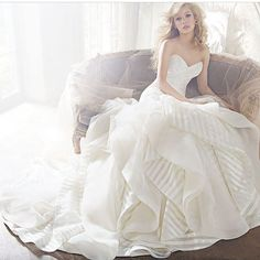 #wedding #weddingdress #weddinggown #weddingday #whitegown #ballgown #married #prom #promdress #bride #bridalgown #dress #gown