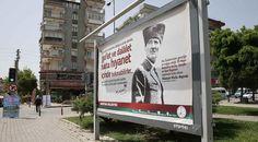 İzmir'deki bu afişler Erdoğan'ı kızdıracak