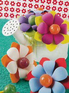Flor con chupetines - Goma Eva