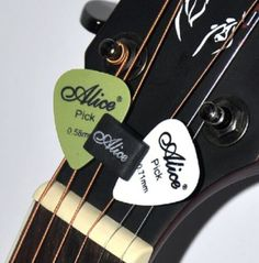 HeadStock-Rubber-Pick-Holder-2Pcs-New-Guitar-Picks-Plectrums-Celluloid-Ey