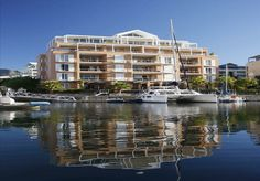 Wrap-around balconies with plunge pool and barbeque, with views over the yacht basin, Table Mountain and City of Cape Town. - See more at: http://search.knightfrank.co.za/za138692#sthash.LoYzIbe9.dpuf