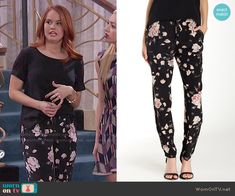 Jessie's black and pink floral pants on Jessie.  Outfit Details: http://wornontv.net/51644/ #Jessie