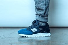 This Black Friday, Kith releases a collection that embodies the brand's New York City upbringing and mentality, titled – City Never Sleeps. A curated combination of partnerships sets the stage for a diverse premium product offering. Each collaborative item was designed with the constantly moving New Yorker in mind. The keystone of the collection is Ronnie Fieg's latest collaboration with New Balance. Fieg applies his signature touch to the Made in USA 998 silhouette. This model features a…