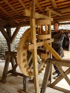 Building the water mill #secretsofthecastle #guedelon  | via Twitter @GuedelonCastle  | http://www.bbc.co.uk/programmes/b04sv5nc |