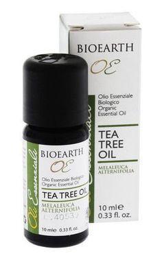 Tea tree oil: uso e benefici Melaleuca, Tee Tree Oil, Perfume Recipes, Natural Beauty Recipes, Organic Oil, Natural Medicine, Tea Tree, Health And Wellness, The Cure