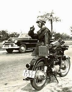 Asociación de Retirados de la Guardia Civil de Tráfico Public Security, Bmw Boxer, World War Two, Madrid, Nostalgia, Spain, Motorcycle, Vehicles, Photographs