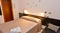 Booking.com: Hotel Rubicone , Bellaria – Igea Marina, Olaszo. - 380 Vendégértékelések . Foglalja le szállását most! Rubicon, Bed, Furniture, Home Decor, Decoration Home, Stream Bed, Room Decor, Home Furnishings, Beds