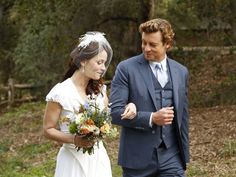 The Mentalist!  Patrick (Simon Baker) and Teresa (Robin Tunney) have an outdoor wedding after she accepts his surprise proposal.