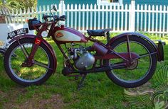 1946 James Motorcycle with Villiers 9D 122cc Single-Cylinder Two-Stroke Engine