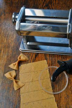 how to make a chitarra pasta maker