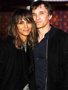 Inside Halle Berry and Olivier Martinez's Cozy Date Night! http://www.people.com/article/halle-berry-olivier-martinez-date-night