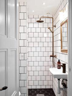 """Résultat de recherche d'images pour """"salle de douche retro noir et blanc"""""""