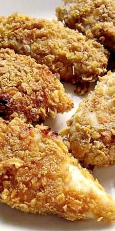 Amish Corn Flake Crusted Chicken ❊ be sure to take skin off and dip chicken pieces in milk first. Turkey Recipes, Meat Recipes, Chicken Recipes, Cooking Recipes, Recipies, Meatloaf Recipes, Asian Recipes, Amish Chicken, Crusted Chicken