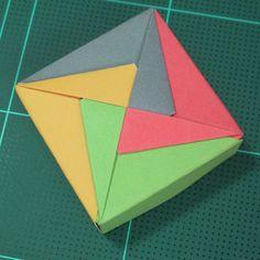 วิธีพับกล่องของขวัญแบบโมดูล่า (Modular Origami Decorative Box) โดย Tomoko Fuse 033 by mookeep, via Flickr