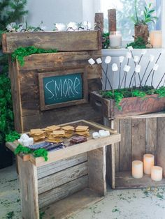 A whimsical woodland themed party is complete with an easy s'mores station. Guests will stay toasty with tasty treats around the fire. 4th Birthday Parties, Birthday Celebration, Birthday Ideas, Colorado, Woodland Party, Party Entertainment, Childrens Party, Craft Party, Party Time
