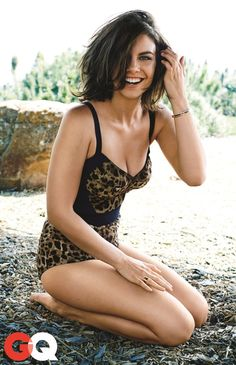 The Walking Dead's Lauren Cohan Featured In GQ Photo Shoot | Comicbook.com