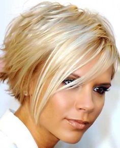 15 Chic Short Haircuts: Most Stylish Short Hair Styles Ideas 41 Modern Short Hairstyles For Women 2013 Pictures Modern Short Hairstyles, Cute Hairstyles For Short Hair, Blonde Hairstyles, Amazing Hairstyles, Hairstyles 2018, Medium Hairstyles, Pixie Hairstyles, Hairstyles Pictures, Beautiful Haircuts