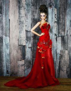 Monaeglow-Outfits-for-Tonner-Tyler-Sydney-Devadolls-FR-16-034-Kingdom-dolls
