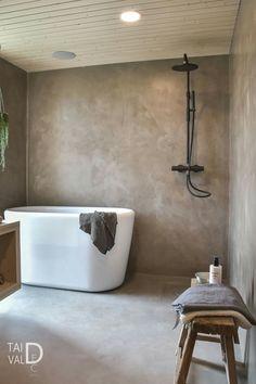 Mikrosementti kylpyhuoneen pinnoissa