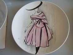 Fashion theme : Watercolour technique painting on porcelain by Olivia Guez