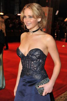 Hundreds of hot photos, sexy pics, unseen bikini images, latest news and hottest videos of actress and model Jennifer Lawrence on WISHGLAM Beautiful Celebrities, Beautiful Actresses, Gorgeous Women, Female Celebrities, Hollywood Celebrities, Gorgeous Dress, Katniss Everdeen, Jennifer Lawrence Images, Lawrence Photos