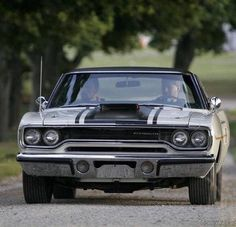 1970 Plymouth Road Runner with the N96 Air-Grabber hood.