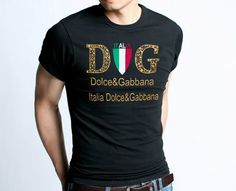 D gym t shirt. Short sleeve and crew neck. 100% cotton.  Dolce Gabbana T-shirts outlet offers you sale D gym T-shirts, With it's outstanding quality and noble design,you will lead the t shirts fashion.