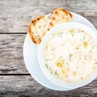 Serve up a delicious chowder with hardly any effort at all! Enjoy flaky bites of salmon in a creamy garlic and dill broth. Garnish with extra dill for presentation! Salmon Soup, Salmon Chowder, Clam Chowder, Slow Cooker Recipes, Crockpot Recipes, Cooking Recipes, Healthy Recipes, Healthy Food, Chowder Recipes
