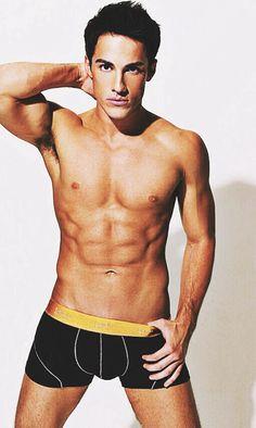 Michael Trevino Tyler Vampire Diaries, Vampire Diaries The Originals, Damon Salvatore, Michael Trevino, Delena, Good Looking Men, Sexy Men, Sexy Guys, Role Models