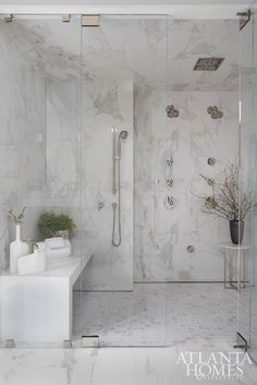 First-class Walk in shower remodel shelves tricks,Small shower remodeling dark tricks and Bathroom shower remodel tips. Master Bathroom, Remodel, Bathroom Interior Design, White Marble Bathrooms, Beautiful Bathrooms, Bathroom Renovations, Marble Showers, Bathroom Remodel Master, Tile Bathroom