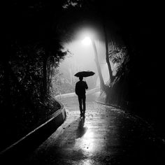 Lonely man in the fog and rain (by P.U.N.K)