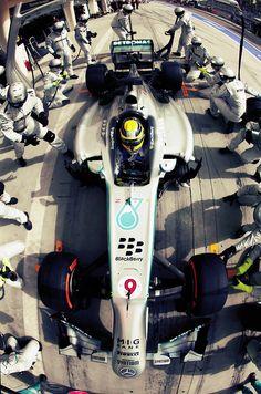 Pit stop, Mercedes AMG Petronas - Nico Rosberg, Bahrain International Circuit, 2013 Nico Rosberg, Marussia F1, Bahrain Grand Prix, Mick Schumacher, Mercedez Benz, Amg Petronas, Formula 1 Car, Ferrari, F1 Drivers