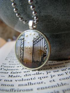 1 EURO coin necklace The Gate by LaMiaCasa on Etsy, $12.95