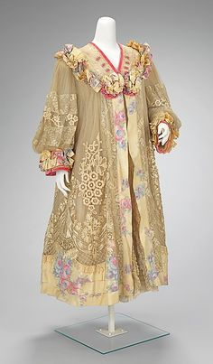 Evening coat Design House: Martial & Armand Date: ca. 1905 Culture: French Medium: silk Accession Number: 2009.300.3092