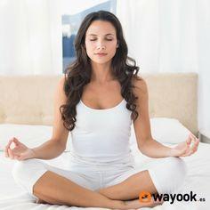 Como aprender a meditar para dejar a un lado todo el estrés acumulado del día. Para aprender a meditar no necesitas aislarte de las personas. Olvídate de irte al lugar más escondido para poder aprender a meditar. Con estos pasos vas a comenzar a disfrutar de la meditación. #Wayook #lifestyle #meditar #trucos #ejercicios #relaz