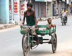 """Concerned CJ Gopal sent us this photo of child labor in Chennai.  He wrote, """"Today's child is going to be tomorrow's future.  But, if they are made to work at such a tender age, then are they going to bring good future?"""""""