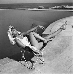 Audrey in the sun