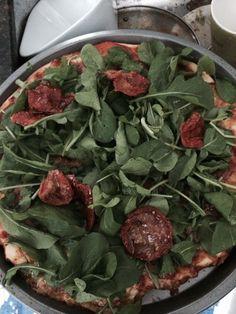 Olha que delicia Pizza Rucula