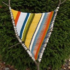 Branch weaving.... love this! Another great yarn craft to mix with other medias